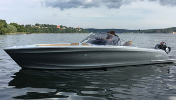 Candela Speedboat – built with carbon composites by SAERTEX.