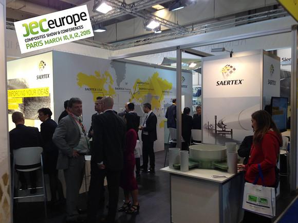 SAERTEX präsentierte sich im neuen Design auf der JEC Europe